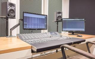 Studio Grey - Postproduction // Yamaha Nuage
