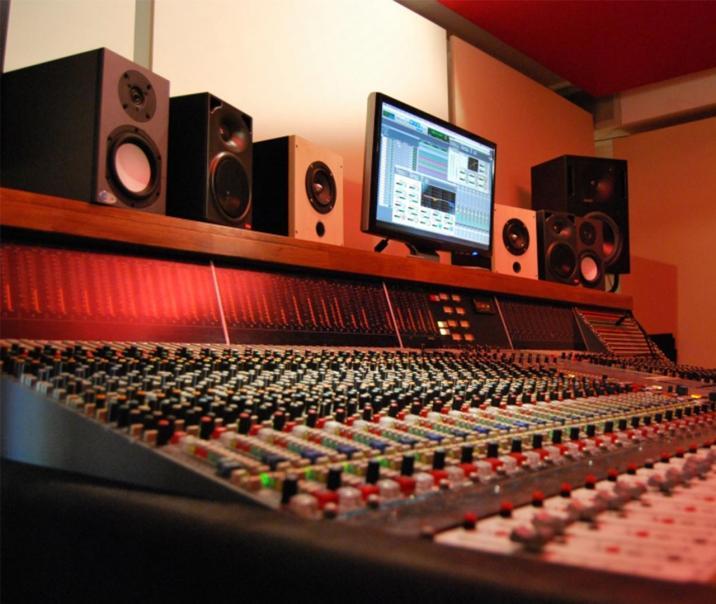 sae-leipzig-studio_2_-_neve_vr_legend-b
