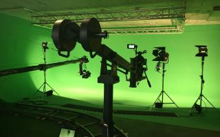 Greenscreen Studio -RED Camera, Dolly, ARRI Lighting System