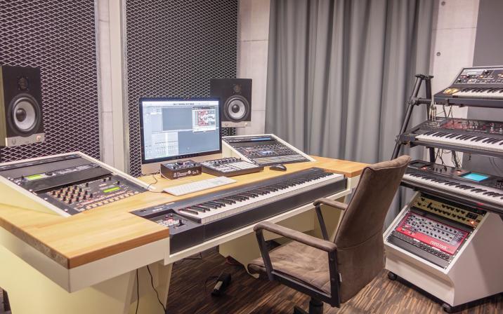Studio Steel - Electronic Music Production