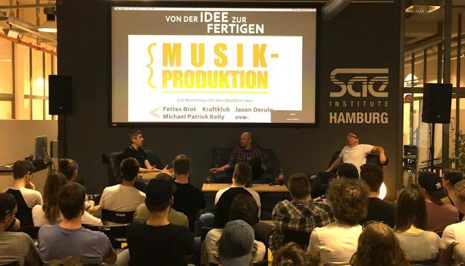 Björn Beton (Fettes Brot) und Nils Ruzicka (KRAFTKLUB, Jason Derulo, Michael Patrick Kelly, uvw.) im SAE Institute Hamburg